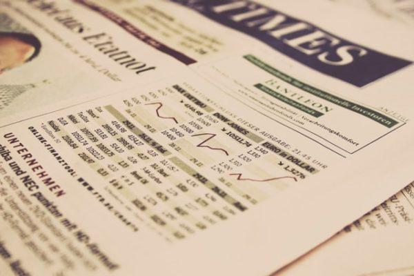 Sie sehen die erste Seite der Zeitung für Investments