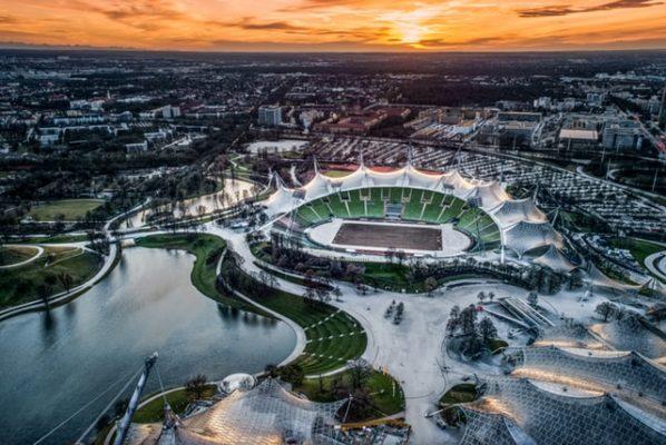 Sie sehen ein Luftbild des Olympiaparks